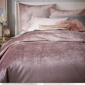 West Elm Blush Luster Duvet Cover - Queen